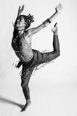 Hatha-flow-jóga-tánc_01